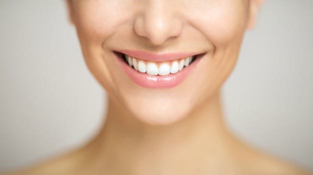 Top 5 Teeth Whitening Home Remedies