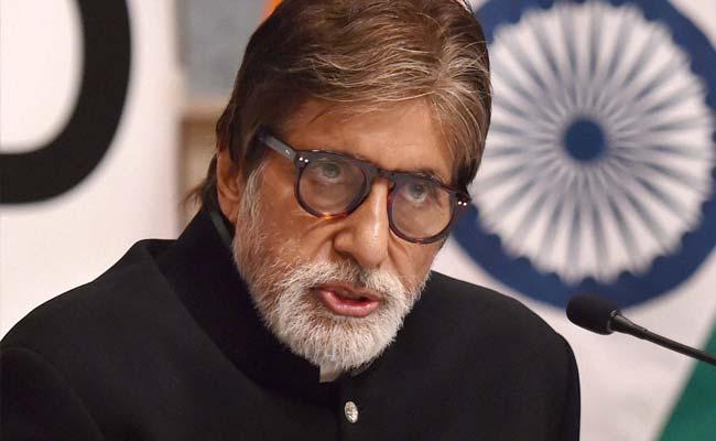 'Why Amitabh Bachchan?' Congress Attacks Government Over Delhi Show