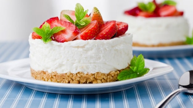 Don't Turn on the Oven: Say Yes to a Delicious No-Bake Cheesecake