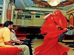 Dance Bars Set To Open In Mumbai, But No CCTV Cameras
