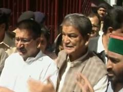 Uttarakhand Crisis: Congress Flaunts Lawmakers Before Governor
