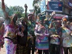 Hot Holi In Delhi As Mercury Reaches Year's High