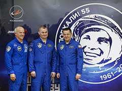 US, Russian Crew Arrives At International Space Station
