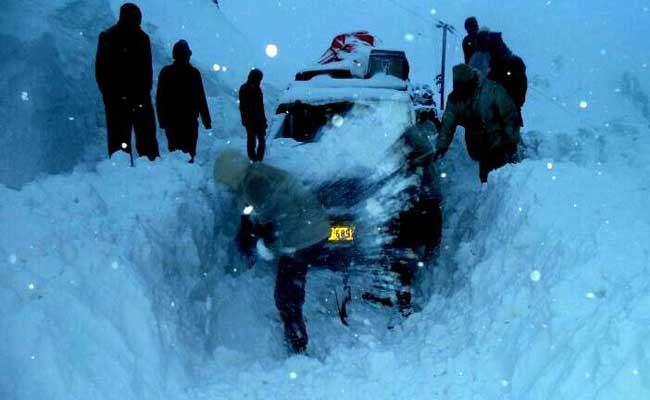 73 People Rescued After Avalanche Near LoC In Jammu And Kashmir: Army