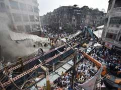 Kolkata Flyover Collapse: PM Modi Dials Mamata Banerjee, Assures Support