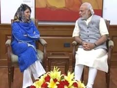 Mehbooba Mufti Meets PM Modi To Discuss Law And Order In Jammu And Kashmir