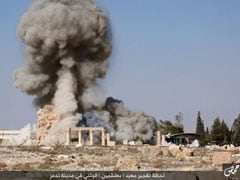 Mass Grave Of Victims Of IS Found In Syria's Palmyra