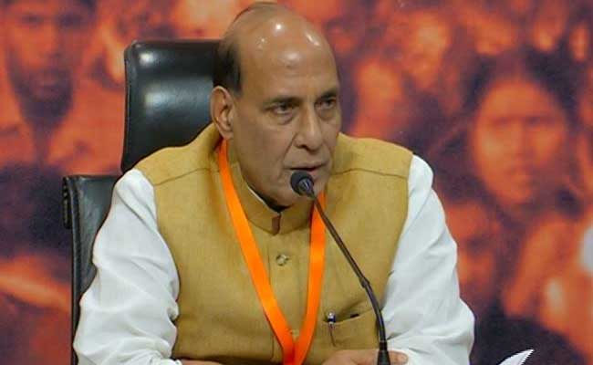 BJP keeps suspense alive, to name UP CM on Saturday