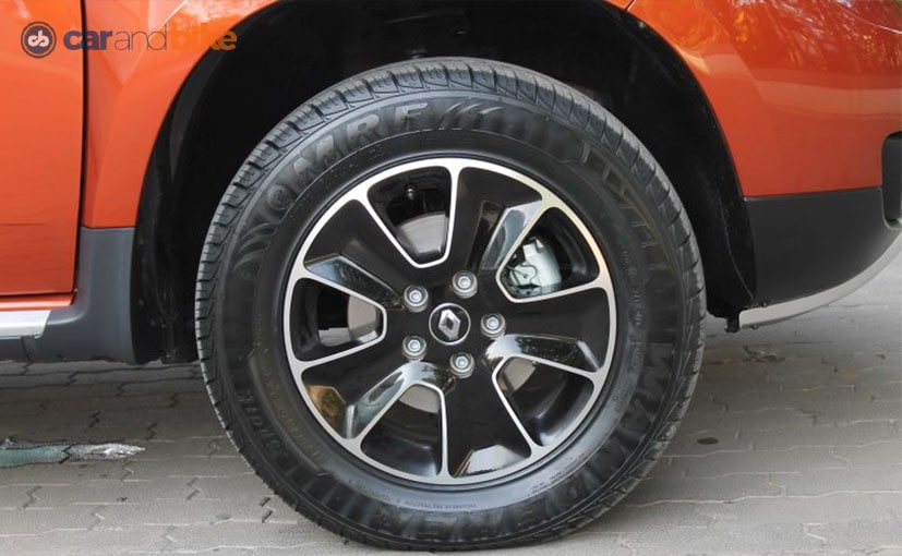 Renault Duster AMT Alloy Wheel