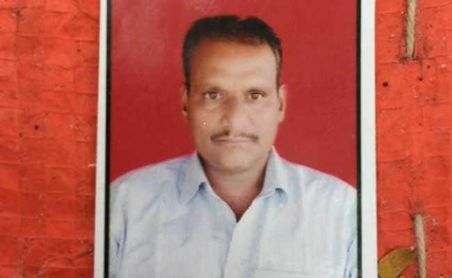 मराठवाड़ा में किसान ने की आत्महत्या, परिजनों का आरोप - 'सरकार हमें मार रही है'