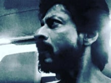 ICYMI: 'Kohl-Eyed' Shah Rukh Khan From the Sets of Raees