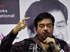 Shatrughan Sinha Pitches For Amitabh Bachchan As President
