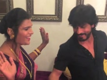 Here's Shah Rukh Dancing With Members of India's First Transgender Band