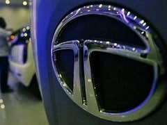 Tata Motors Shares Dive 7%; Market Value Dips By Rs 8,479 Crore