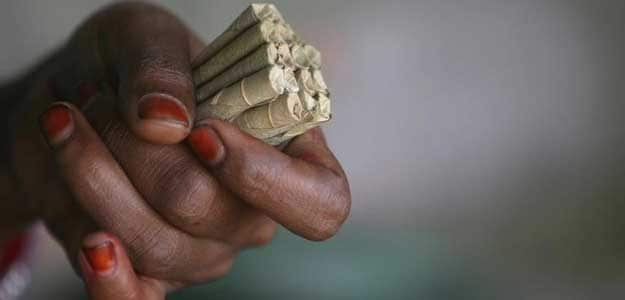 India's Traditional Cigarette Makers Halt Production Over Health Warnings