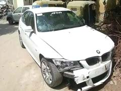 Speeding BMW Hits 4 Persons In Noida, One Critical; Driver On The Run
