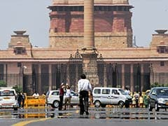Sultry Weather In Delhi, Temperature Settles At 42.6 Degrees Celsius