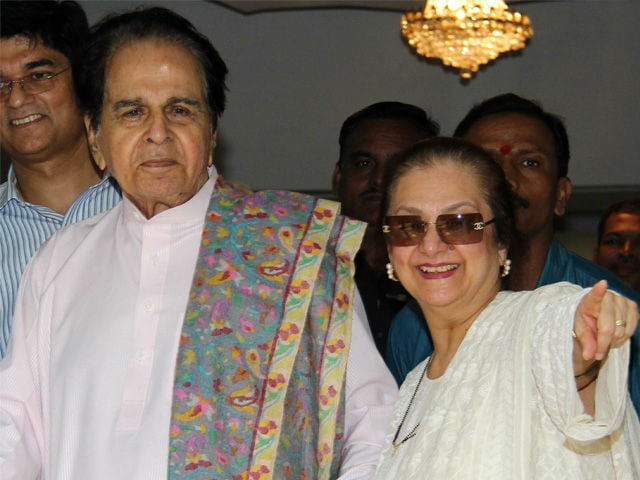 Dilip Kumar Tweets Photo Taken by Saira Banu in Hospital