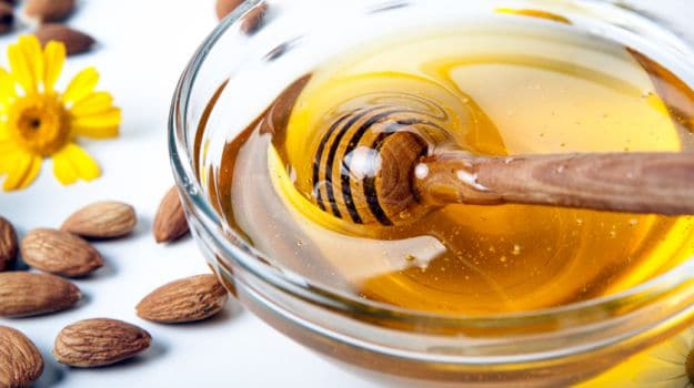 11 Amazing Benefits of Honey For Weight Loss, Hair and Skin