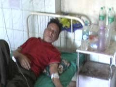 झारखंड : देवघर के सरकारी अस्पताल में बगैर पानी के 'काम चलाते' मरीज़