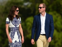 At the Taj Mahal, Kate Middleton Wears Naeem Khan Dress