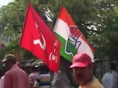 Hand And Hammer And Sickle Together Gives Kolkata Pause
