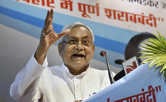 In Enforcing Prohibition, Nitish Kumar Climbs Everest. Metaphorically.