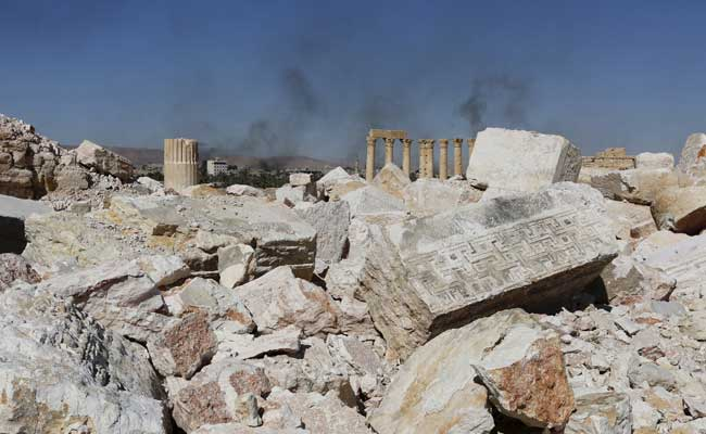 Isis planted thousands of mines in palmyra syrian army