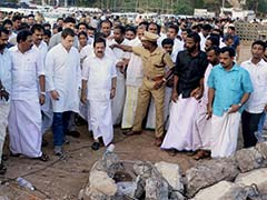 Congress Leader Rahul Gandhi Visits Fire Accident Site In Kerala