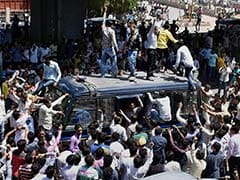 500 Held, Curfew Imposed After Patel Protesters, Police Clash In Gujarat