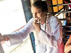 Mumbai: Union Minister Suresh Prabhu Takes A Train Down Memory Lane