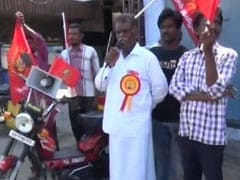 Tamil Nadu's 'Green Candidate' Carries Solar Panel For His Campaigns