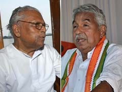 Facebook War Hots Up Between Oommen Chandy And Achuthanandan
