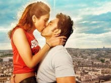 Befikre Hokar Ranveer, Vaani, Seal It With a Kiss in New Poster