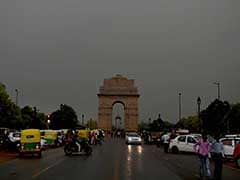 Mercury Dips In Delhi After Overnight Rains