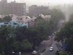 One Killed, 18 Injured In Dust Storm In Delhi