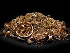 Delhi Property Dealer Held; 7 Kg Jewellery, Rs 64 Lakh Seized