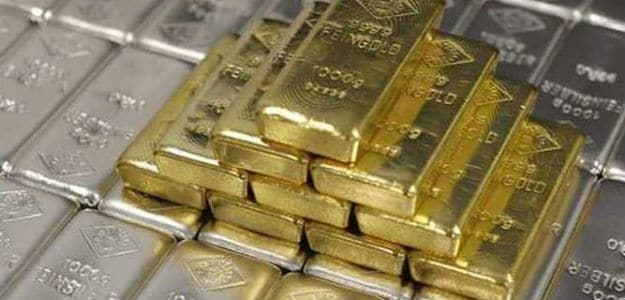 Gold At Rs 29,000 On Global Cues, Jewellers' Buying