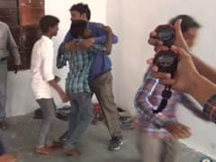 Hilarious Video Shows Indian Setting World Record For Most Hugs in a Minute