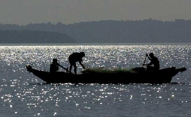 Sri Lankan Navy Damages Tamil Nadu Fishermen' Gear