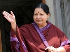 Right Hand Inflamed, Jayalalithaa Signs Poll Papers With Thumb Print