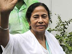 Mamata Banerjee Pays Tributes To Nelson Mandela On Birth Anniversary