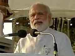 PM Modi Targets Sonia Gandhi, Congress Over Chopper Scandal