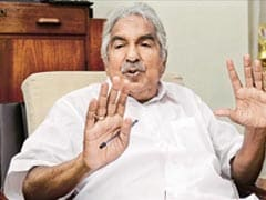 Kerala's Former Chief Minister Oommen Chandy Tries To Keep A Smiling Face