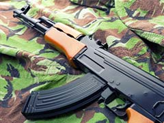 Police Constable Flees With 4 Rifles In Kashmir, Manhunt Launched