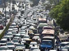 नोएडा और यमुनापार से दिल्ली आने वालों को करना पड़ा जाम का सामना
