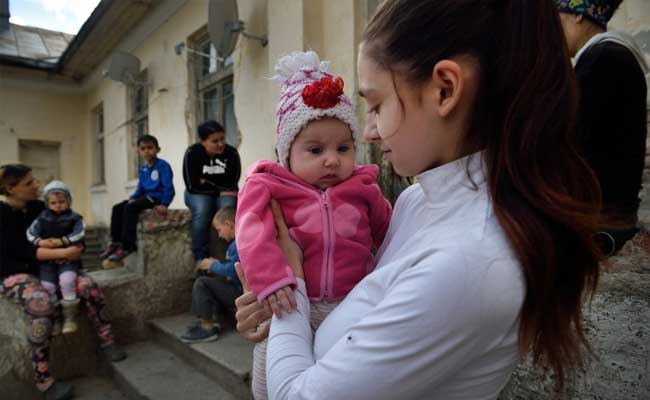 Pregnant At 15, The Teenage Mothers Of Romania Tell Their Tale