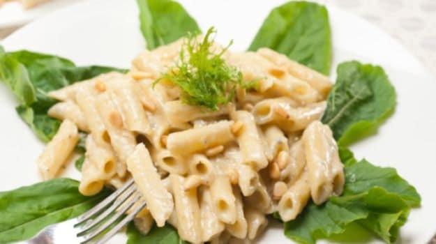 cauliflower and saffron sicilian broccoli and cauliflower pasta ...