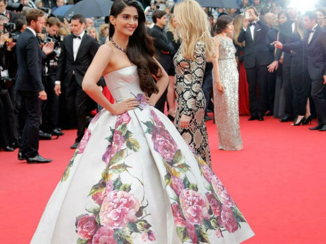 Sonam Kapoor Photographed At The Cannes Festival In 2017