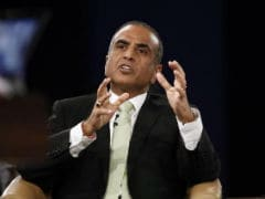 Sunil Bharti Mittal Receives This Year's Harvard Alumni Award